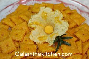 Photo Cheese Garnish on Crackers