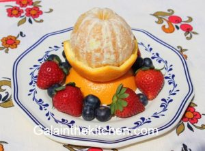 How to peel orange and fancy serve. Photo