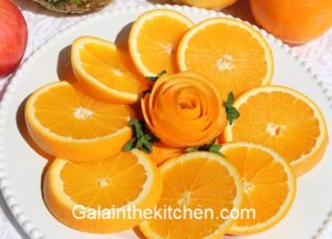 Photo How to Make a Rose from Orange Peel