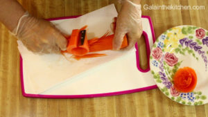 Photo How to make carrot flower Technique 2