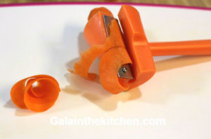 Photo how to make curls with carrot curler