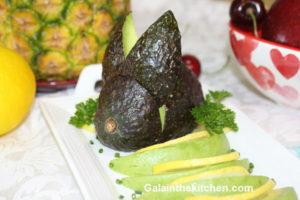 Photo Avocado bunny garnish