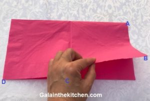 Photo How to fold paper napkin step 1