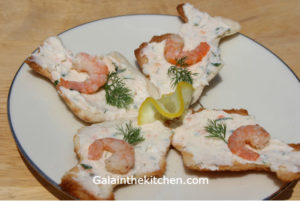 Photo Melba Toast with Shrimp Spread