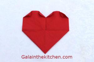 Photo Heart shape folding paper napkin step 3