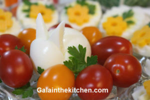 Photo How to Garnish Deviled Eggs for Easter