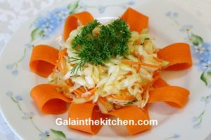 Photo Carrot flower garnish idea Ribbon Border