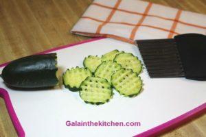 Photo Waffle Cucumber garnish