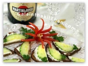 7 Easy Pepper Flower Garnish Ideas Gala In The Kitchen