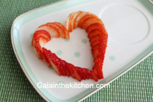 Photo Heart strawberry garnish ideas step 3