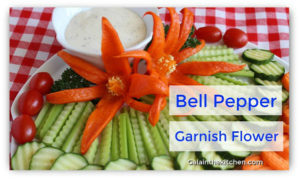 Photo Pepper flower garnish idea bell pepper